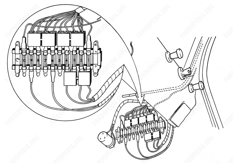 Wiring diagrams: Ford Transit MkI (F.O.B.) (prior to 09.1968) - Fuse block